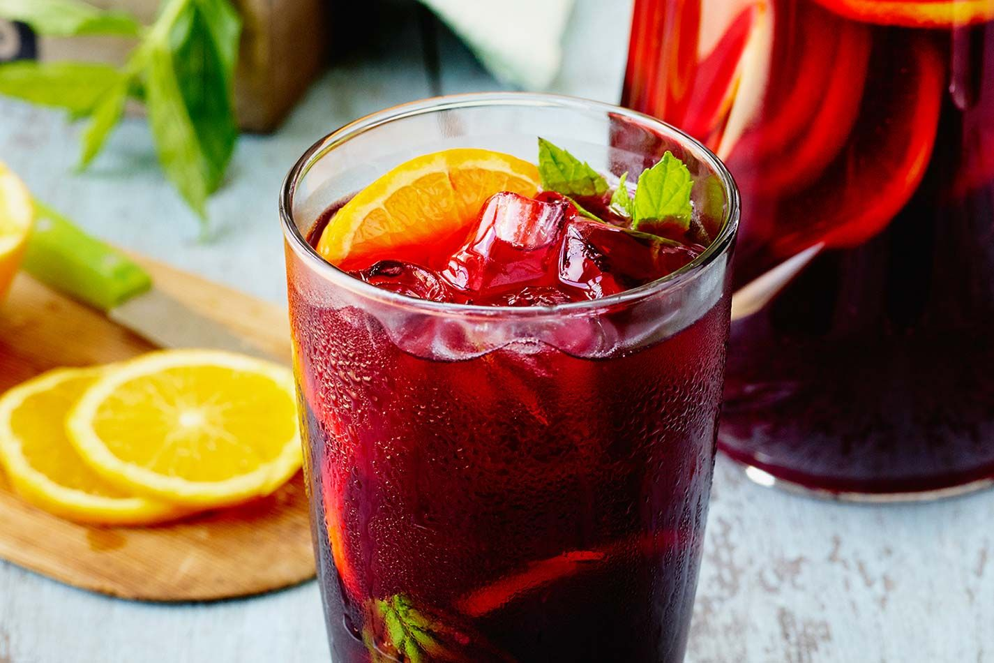 Sangria Cocktail Recipe | How to make a Sangria Recipe