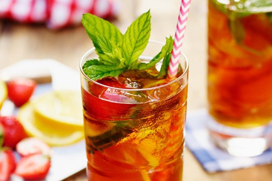 Pimm's No.1 & Lemonade