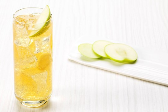 Gordon's Elderflower & Apple Juice