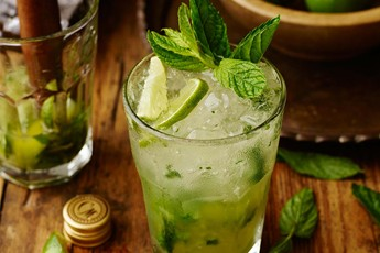 The 'No Problemo' Mojito